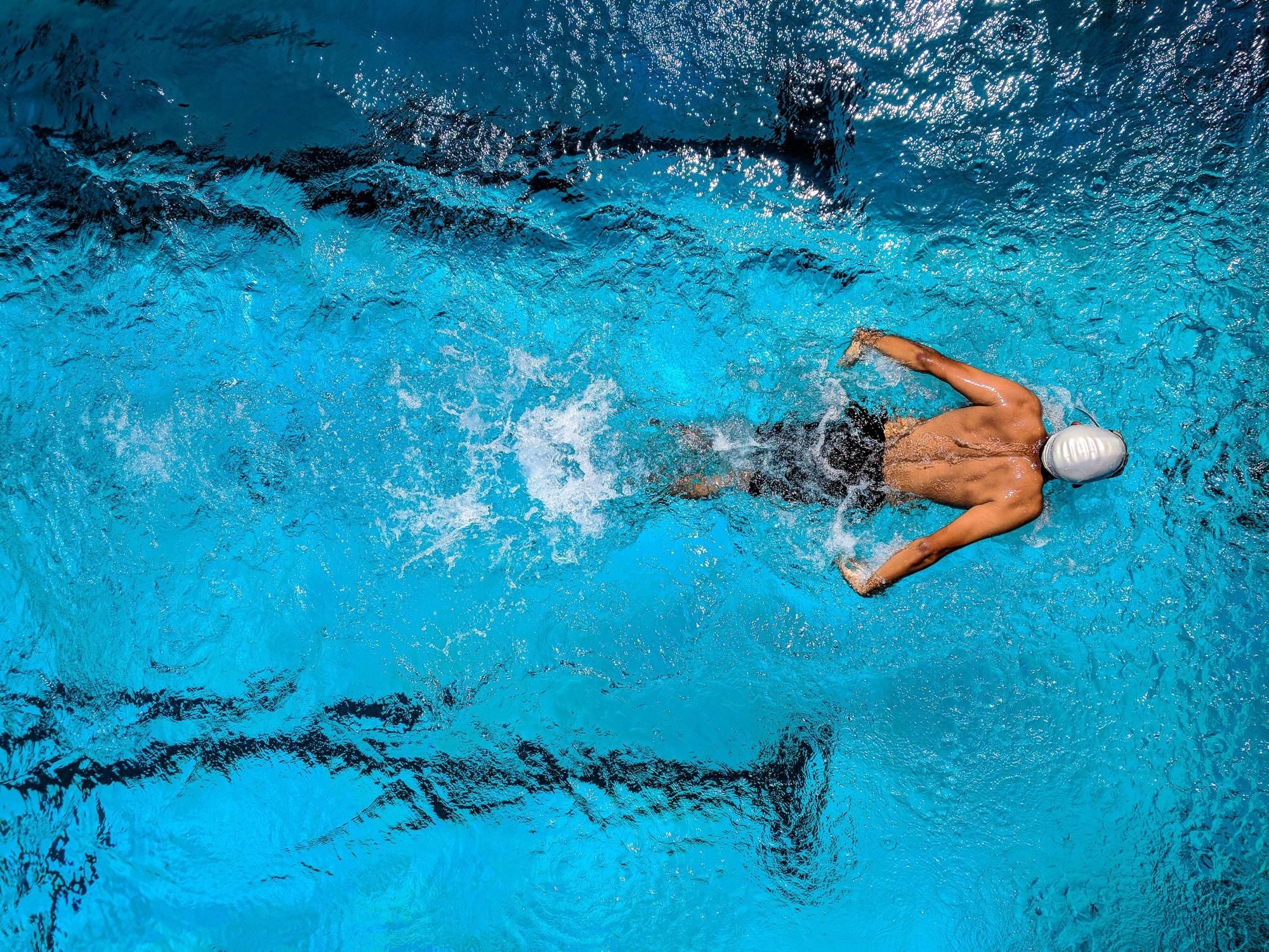 PARIS - Séance de natation