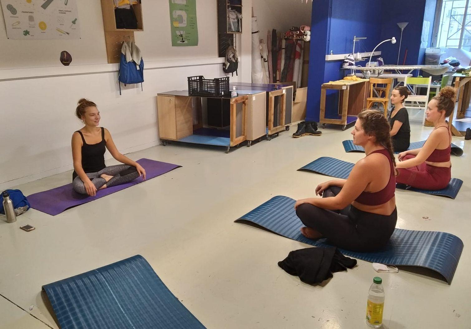 LYON - Yoga du mercredi 100% féminin